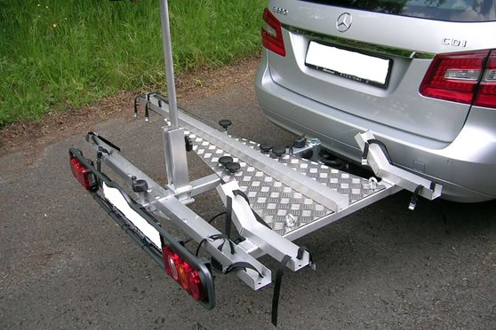 Trailer for tricycle allround hecktraeger