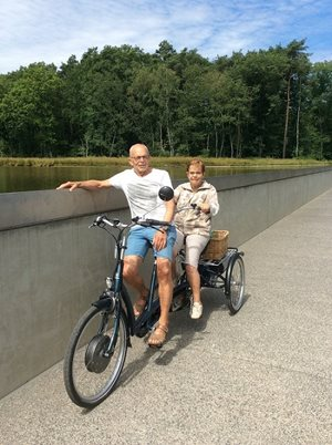 Cycling together with Parkinson's disease