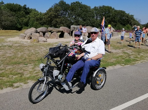 Rinus en Willy de Korte op de Fun2Go driewieltandem