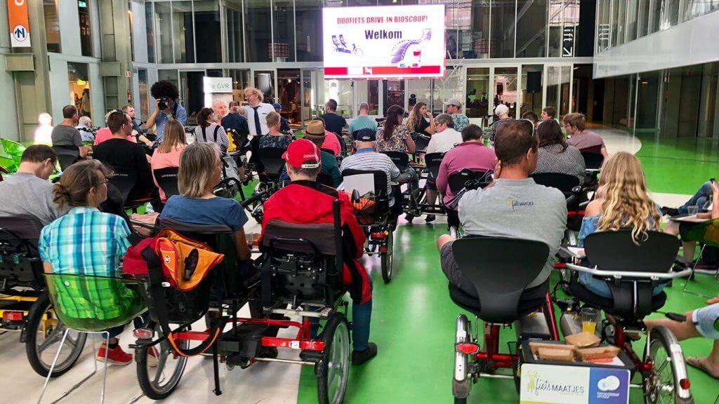 drive-in cinema for side-by-side tandems with the Van Raam buddy bike Fun2Go