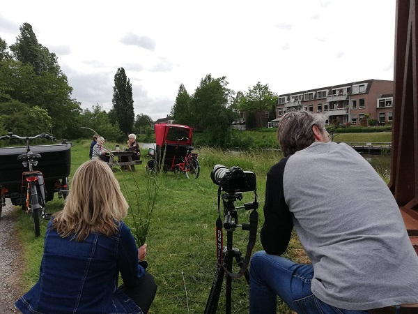 Rickshaw cargo bike Chat photo shoot Van Raam picnic table