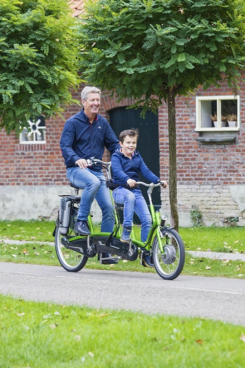 Tandem for child and adult