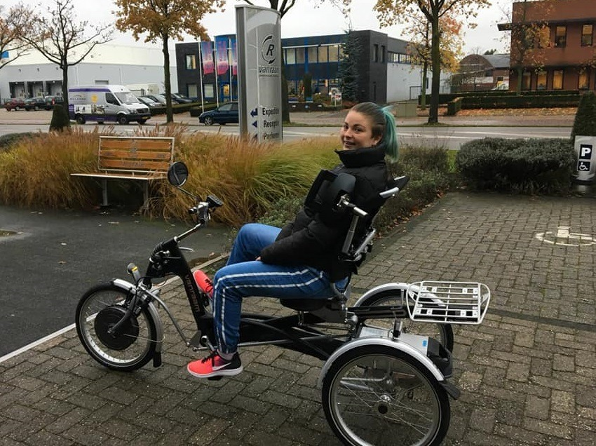 Van Raam tricycle with shoulder control