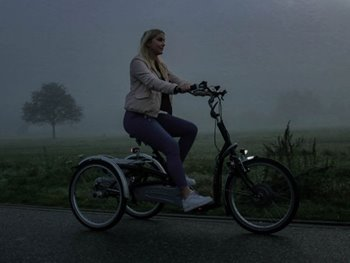 10 tips for cycling in the dark