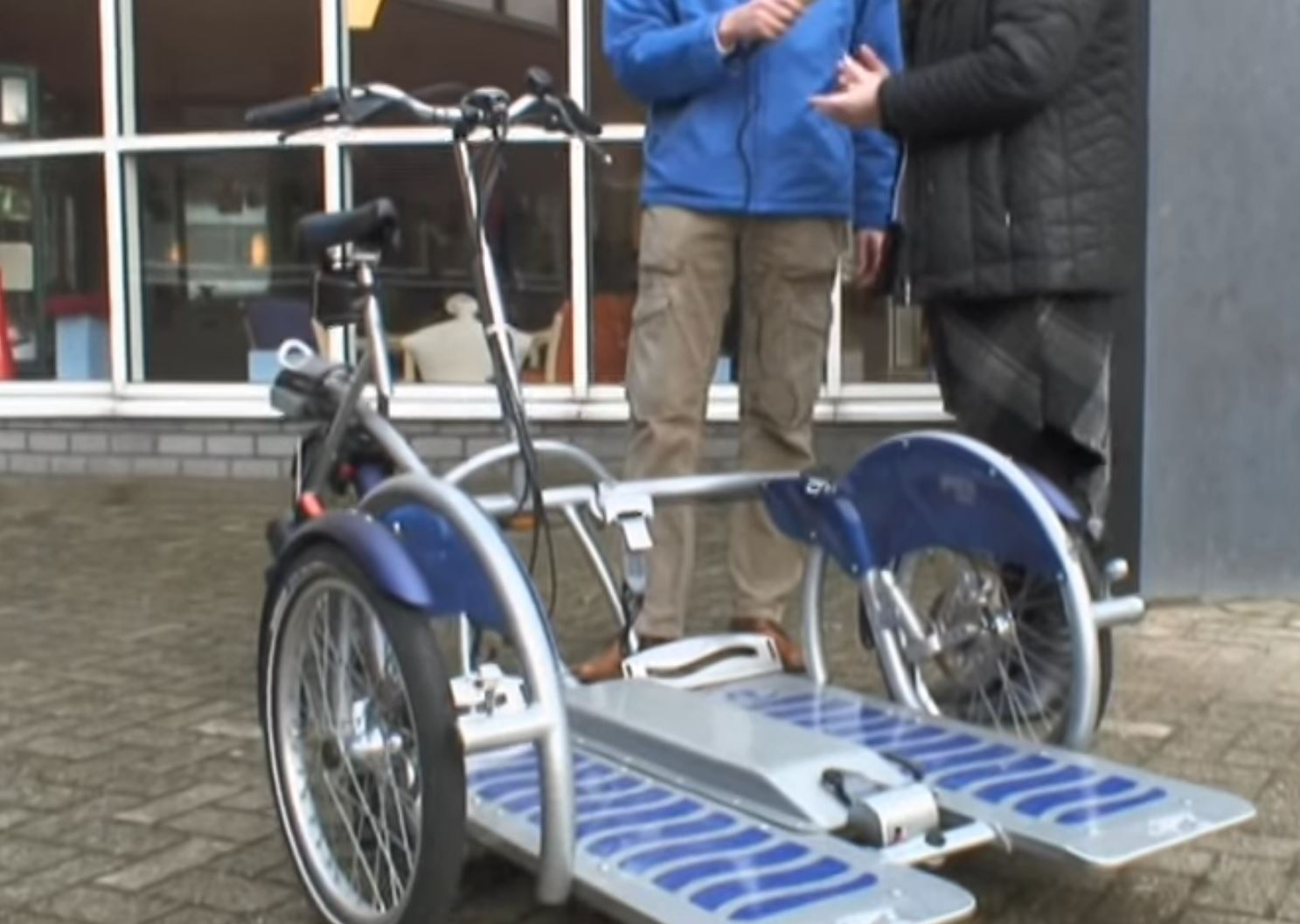 Test Electric Wheelchair Transport Bicycle Wheelchair