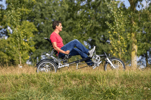 Avoid falls with the tricycle Easy Sporty for adults