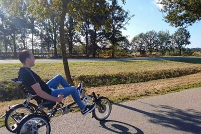 Recumbent bike Easy Sport unique riding characteristics Video