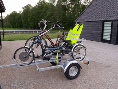 Trailer-for-tricycle-Easy-Rider-and-regular-bike-kopie