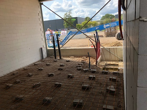 Week 35-technical space-concrete mesh on blocks- Van Raam bicycle factory