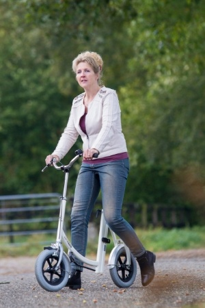 Walking-aid-for-adults-Van-Raam
