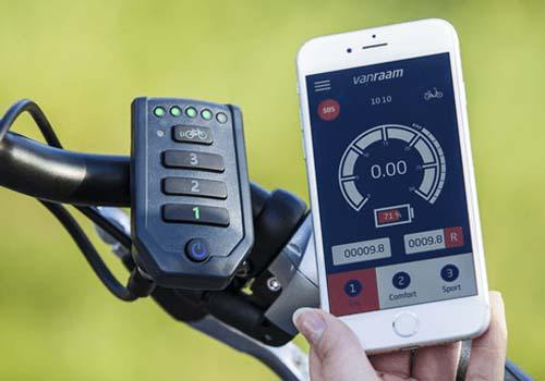 Electric pedal support and app on Van Raam tricycle Easy Rider