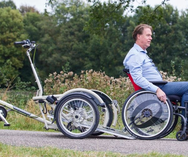 VeloPlus the tricycle for wheelchair users platform