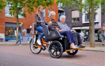 Van Raam rickshaw transport bike Chat for transportation