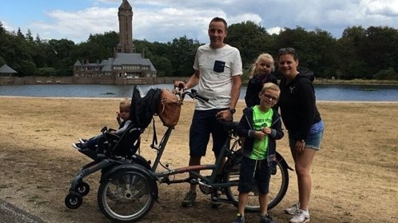 Customer experience Van Raam wheelchair bike OPair family Klomp in National Park the Hoge Veluwe