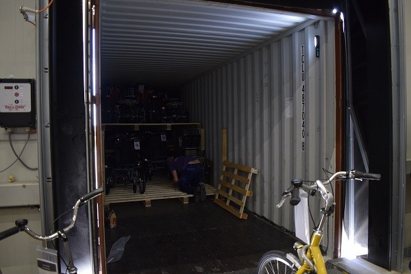 Packing of the Van Raam sea container