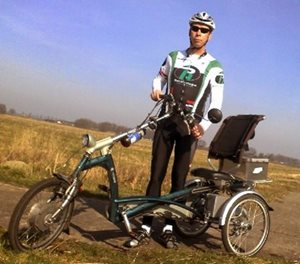 Tricycle Diederik cycles 1000 km for Foundation